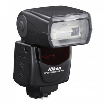 NIKON SB-700 AF Speedlight,  Nikon i-TTL, 28m @ ISO-100 , Remote Master/ Slave, 24 - 120 mm